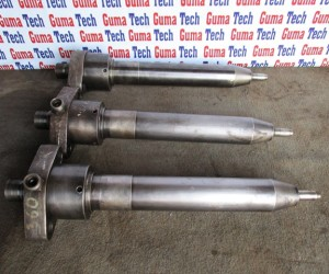 FUEL INJECTOR FOR CYL.COVER (USED)